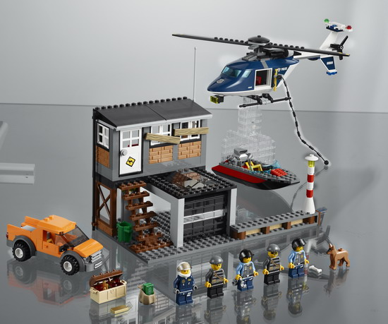 使用高速旋转的螺旋桨使直升机俯冲直下