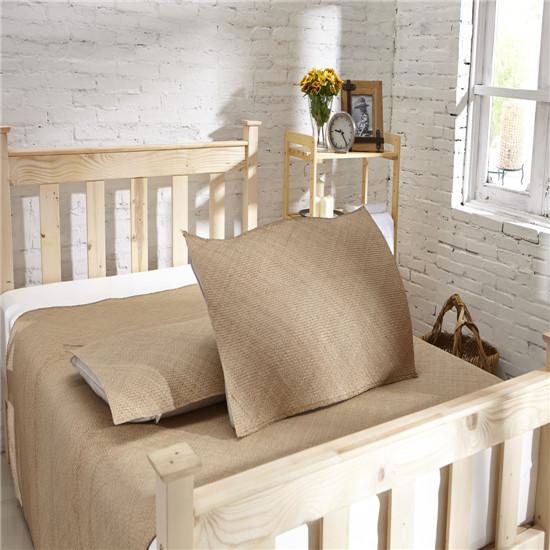 清朝手工雕刻的沙发