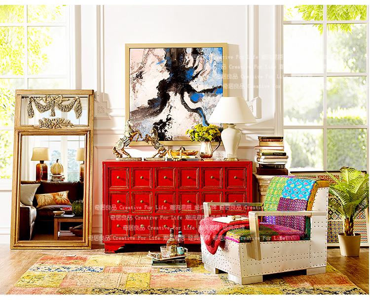彩色手绘装饰柜