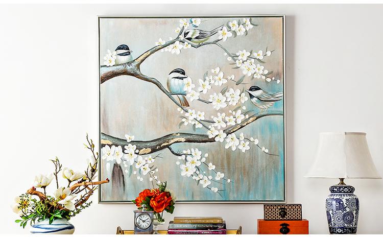 安装注意事项 装饰画应该挂在良好的环境中,所以要避免温度或者湿度