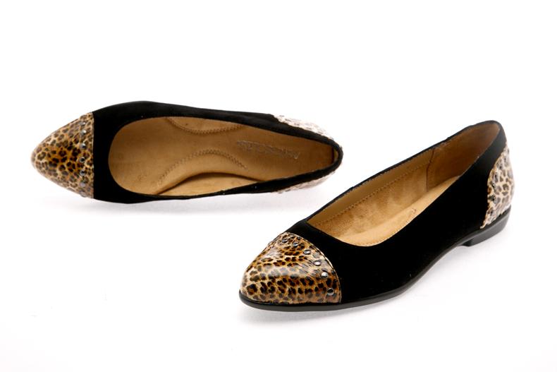 爱柔仕(aerosoles) 休闲鞋